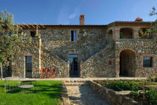 Pictures of the exquisite Tombolino private Villa we'll be staying at in Tuscany, courtesy of Merrion Charles http://www.merrioncharles.com/